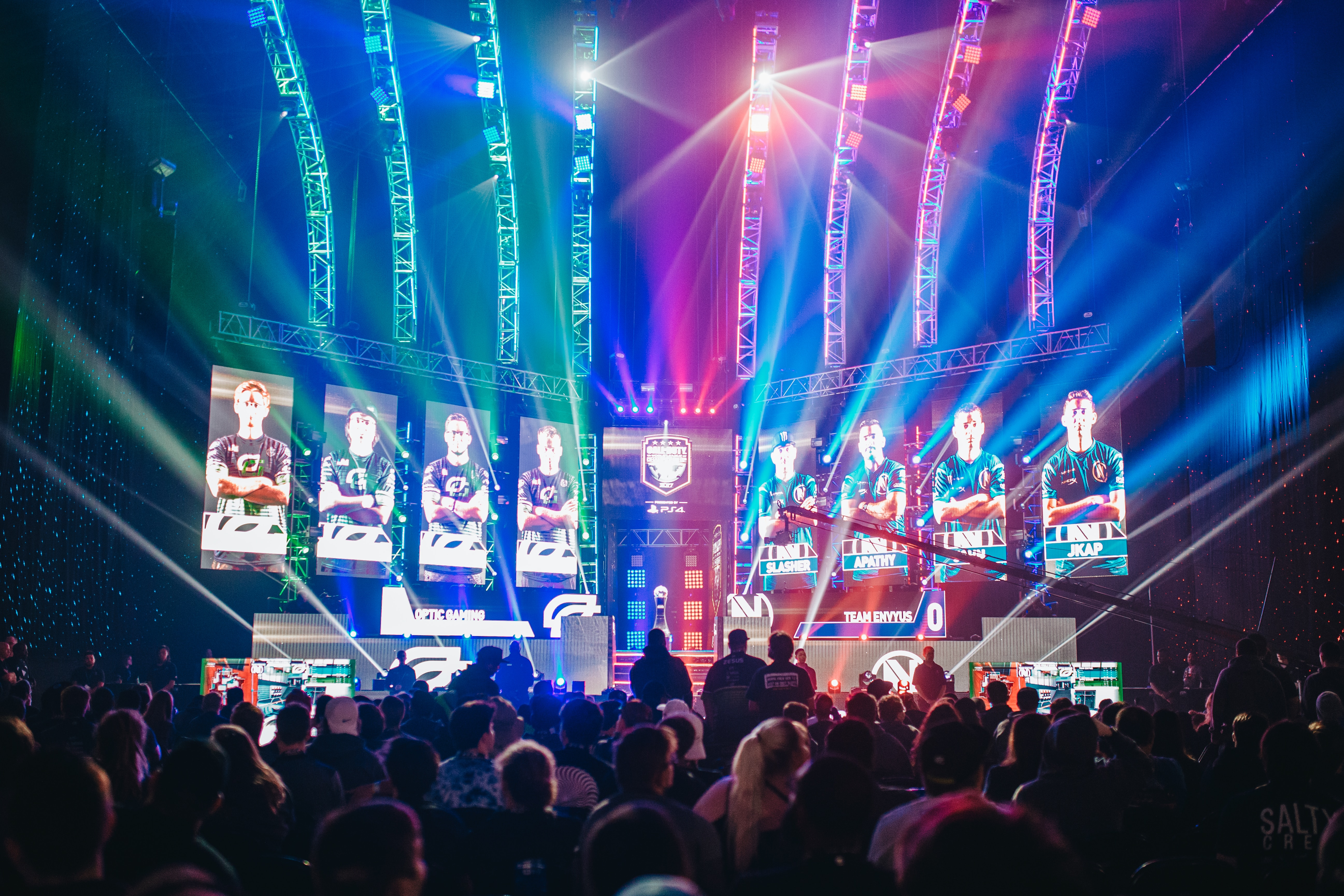 Cover image for Data Says: E-sports Events Are More About Live Entertainment than Gaming